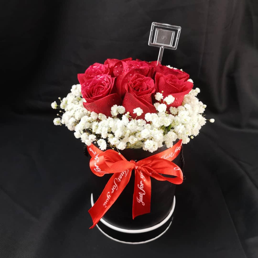 Mini Red Roses Bucket Nieldelia Florist In Kl